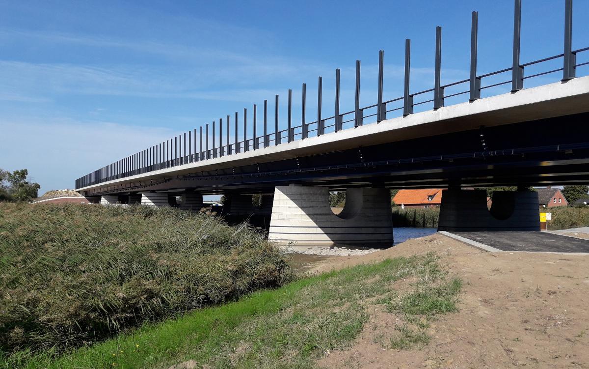BAB 26, Estebrücke
